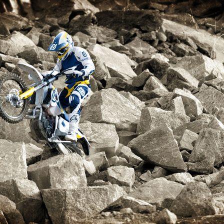Motocicleta Husqvarna Performanta extrema pentru cucerirea lumea